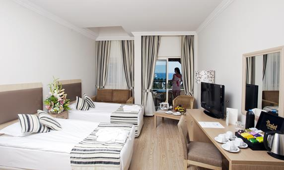 https://aventur.ro/assets/media/imagini_hoteluri/BLCRTA/BLCRTA-HotelPict6-17951.jpg