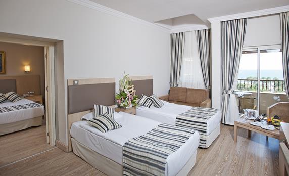 https://aventur.ro/assets/media/imagini_hoteluri/BLCRTA/BLCRTA-HotelPict8-17953.jpg