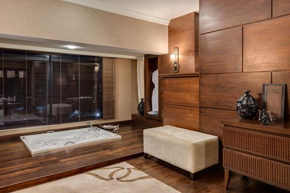 https://aventur.ro/assets/media/imagini_hoteluri/BLSUSE/BLSUSE-HotelPict7-18111.jpg