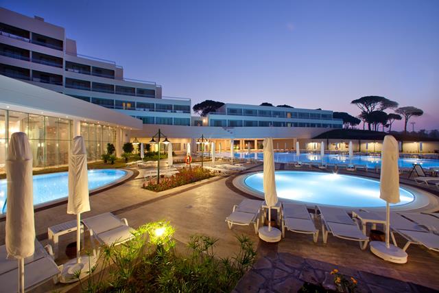 https://aventur.ro/assets/media/imagini_hoteluri/BLSZEG/BLSZEG-HotelPict1-8165.jpg
