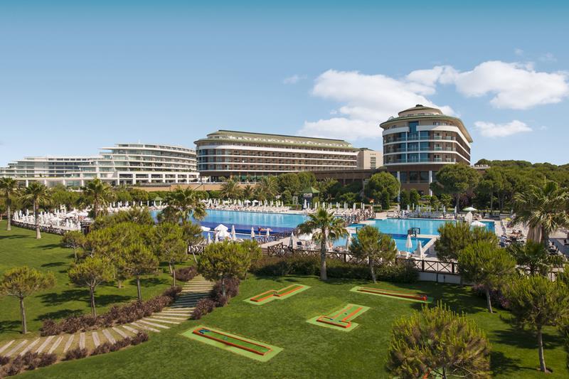 https://aventur.ro/assets/media/imagini_hoteluri/BLVOBE/BLVOBE-HotelPict6-22575.jpg