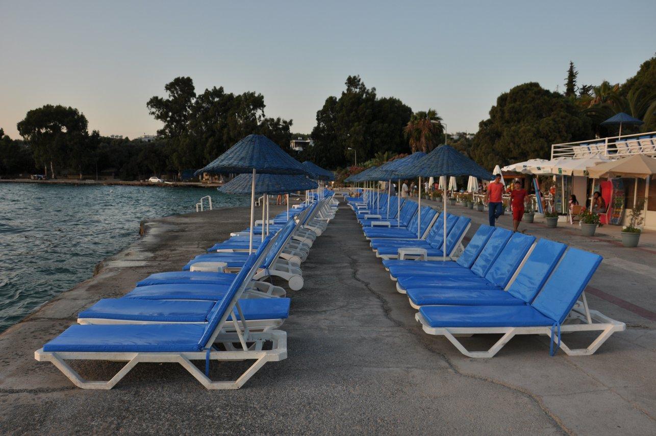 https://aventur.ro/assets/media/imagini_hoteluri/BOAEGA/Beach_2.JPG