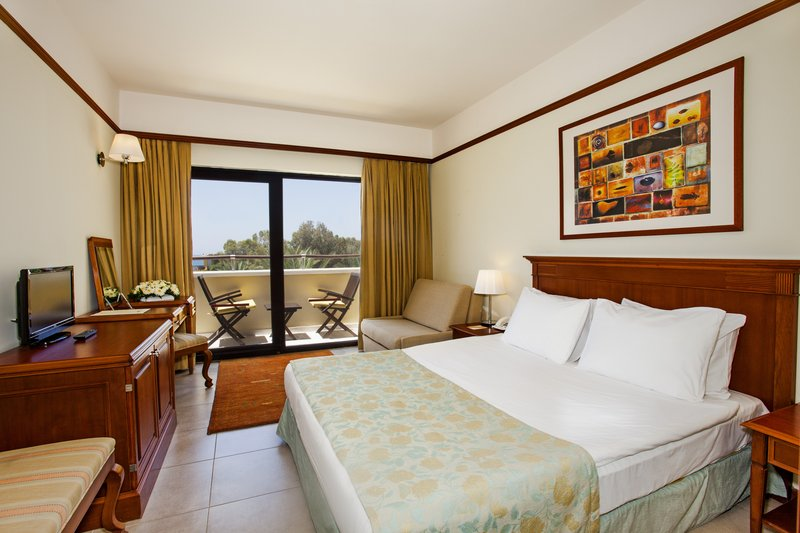 https://aventur.ro/assets/media/imagini_hoteluri/BOAEGE/RoomStd-02.jpg