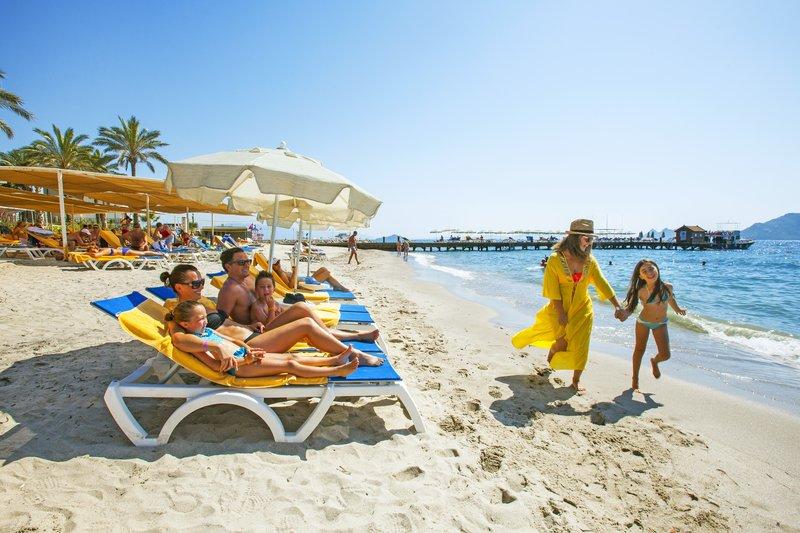 https://aventur.ro/assets/media/imagini_hoteluri/BOAEGE/beach-05.jpg