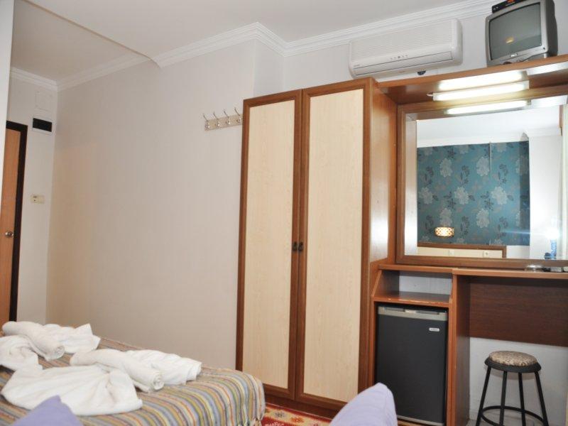 https://aventur.ro/assets/media/imagini_hoteluri/BOAKKA/Akkan_Beach_(3).JPG
