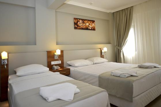 https://aventur.ro/assets/media/imagini_hoteluri/BOANAD/BOANAD-HotelPict10-22097.jpg