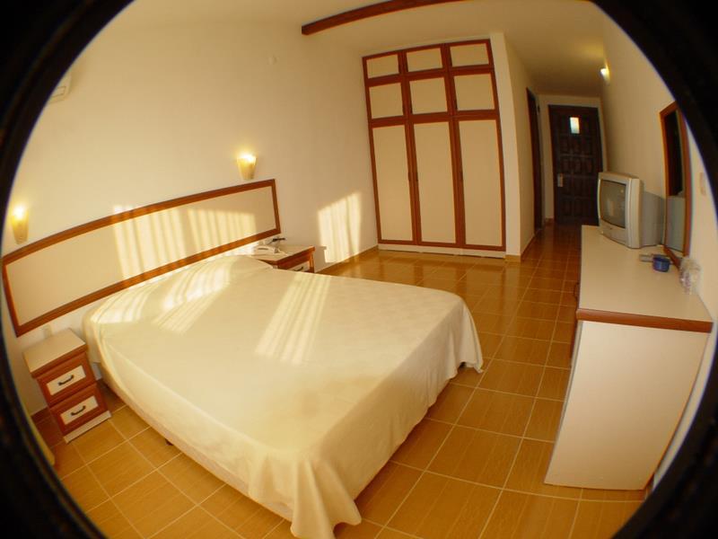 https://aventur.ro/assets/media/imagini_hoteluri/BOAQUA/BOAQUA-HotelPict3-20421.jpg
