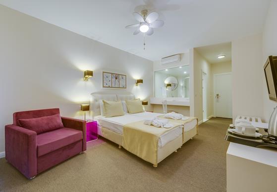 https://aventur.ro/assets/media/imagini_hoteluri/BOARMO/BOARMO-HotelPict9-22109.jpg