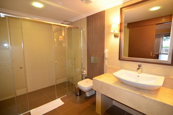 https://aventur.ro/assets/media/imagini_hoteluri/BOAZKA/BOAZKA-HotelPict10-18188.jpg