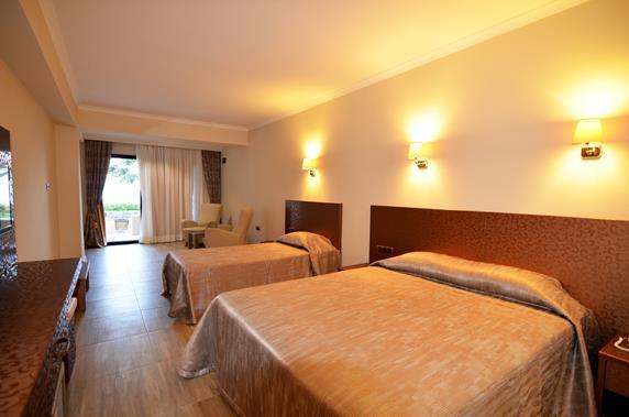 https://aventur.ro/assets/media/imagini_hoteluri/BOAZKA/BOAZKA-HotelPict9-18187.jpg