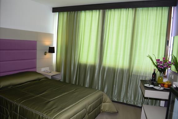 https://aventur.ro/assets/media/imagini_hoteluri/BOBEND/BOBEND-HotelPict8-18219.jpg