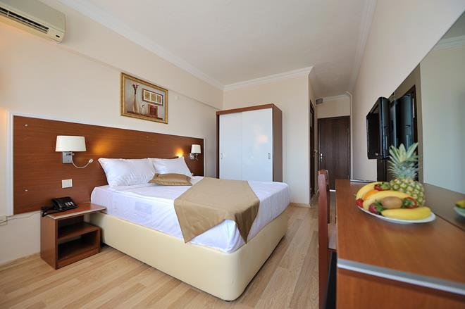 https://aventur.ro/assets/media/imagini_hoteluri/BOBEST/BOBEST-HotelPict10-11602.jpg