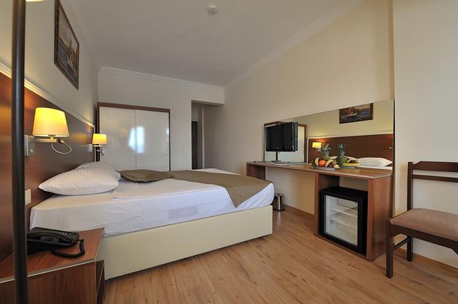 https://aventur.ro/assets/media/imagini_hoteluri/BOBEST/BOBEST-HotelPict13-11605.jpg