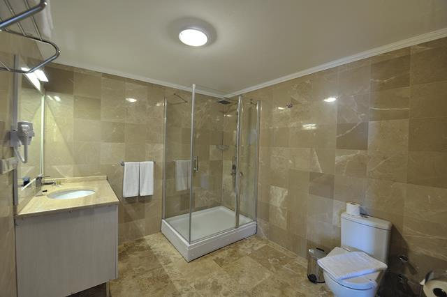 https://aventur.ro/assets/media/imagini_hoteluri/BOBEST/BOBEST-HotelPict6-8513.jpg