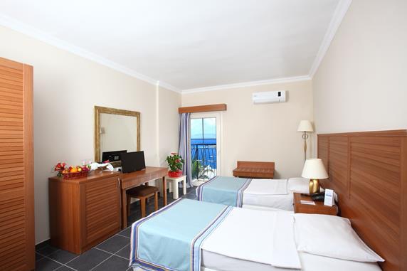 https://aventur.ro/assets/media/imagini_hoteluri/BOBODB/BOBODB-HotelPict8-18260.jpg