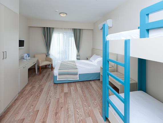 https://aventur.ro/assets/media/imagini_hoteluri/BOBODR/BOBODR-HotelPict8-18271.jpg