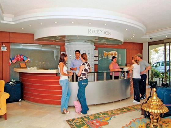 https://aventur.ro/assets/media/imagini_hoteluri/BOCO3S/BOCO3S-HotelPict7-22142.jpg