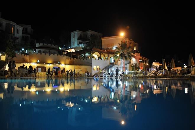 https://aventur.ro/assets/media/imagini_hoteluri/BOFAMI/BOFAMI-HotelPict3-9936.jpg