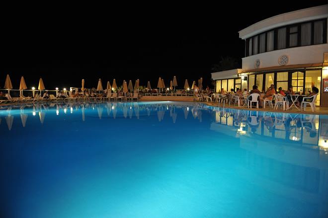 https://aventur.ro/assets/media/imagini_hoteluri/BOFAMI/BOFAMI-HotelPict5-9938.jpg