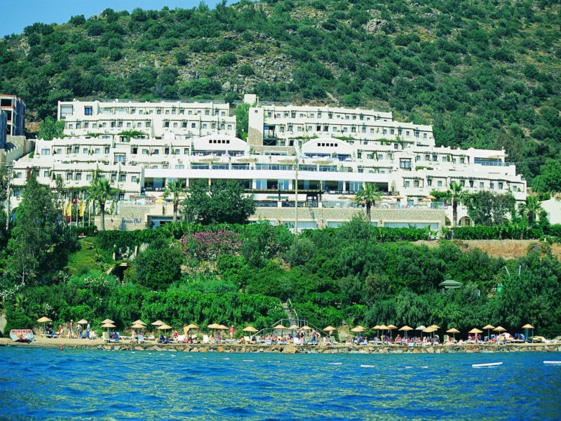 https://aventur.ro/assets/media/imagini_hoteluri/BOFORE/Fotograf_0311_119.jpg