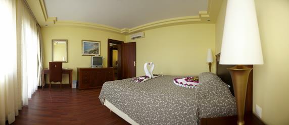 https://aventur.ro/assets/media/imagini_hoteluri/BOHOLR/BOHOLR-HotelPict4-18345.jpg
