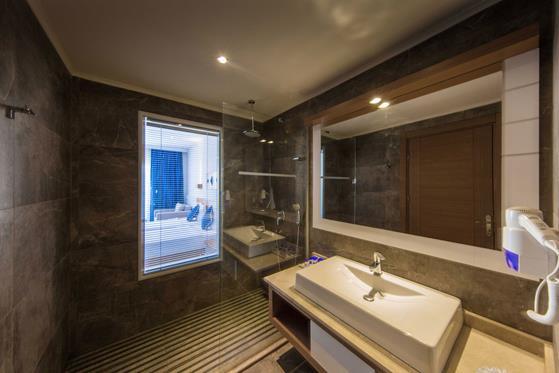 https://aventur.ro/assets/media/imagini_hoteluri/BOJASM/BOJASM-HotelPict12-22157.jpg