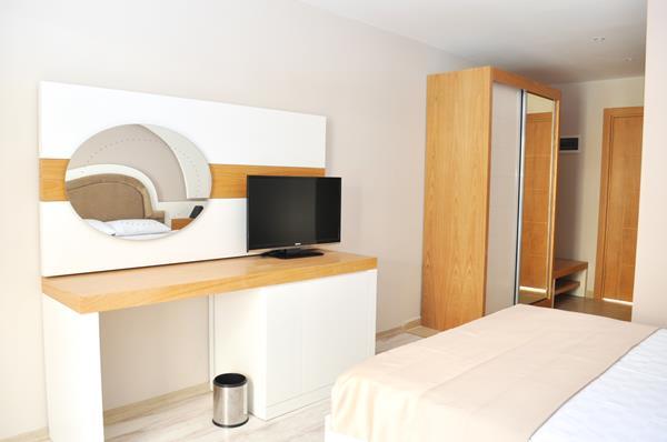 https://aventur.ro/assets/media/imagini_hoteluri/BOKARY/BOKARY-HotelPict6-17080.jpg