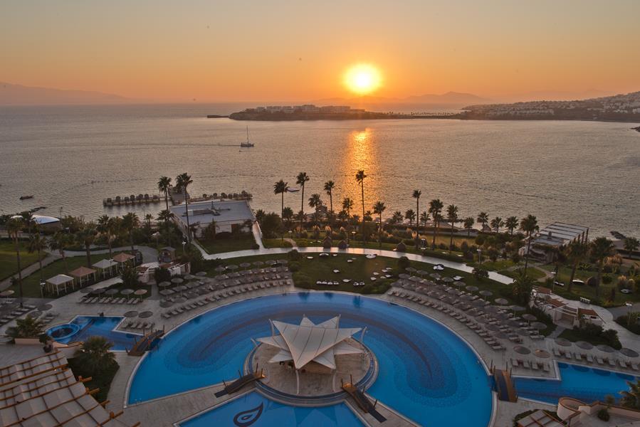 https://aventur.ro/assets/media/imagini_hoteluri/BOKEFA/BOKEFA-HotelPict15-20707.jpg
