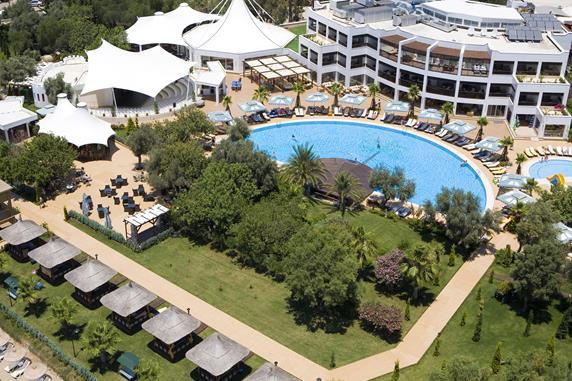 https://aventur.ro/assets/media/imagini_hoteluri/BOLATA/BOLATA-HotelPict9-20048.jpg