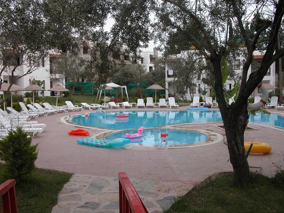 https://aventur.ro/assets/media/imagini_hoteluri/BOMNDR/BOMNDR-HotelPict11-11359.jpg