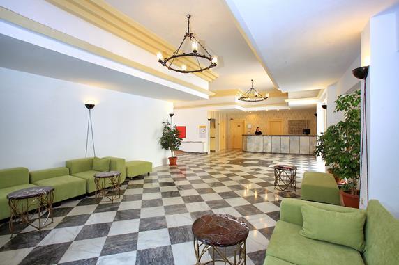 https://aventur.ro/assets/media/imagini_hoteluri/BONATG/BONATG-HotelPict7-20099.jpg