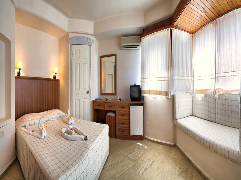 https://aventur.ro/assets/media/imagini_hoteluri/BOORAH/BOORAH-HotelPict12-21394.jpg
