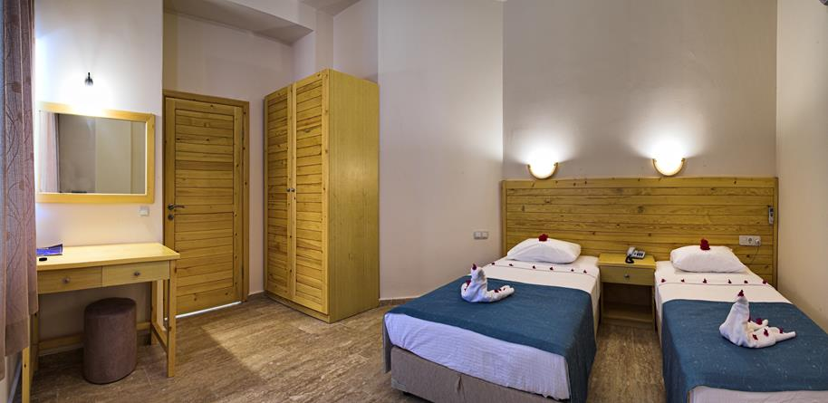 https://aventur.ro/assets/media/imagini_hoteluri/BOORAH/BOORAH-HotelPict9-21391.jpg