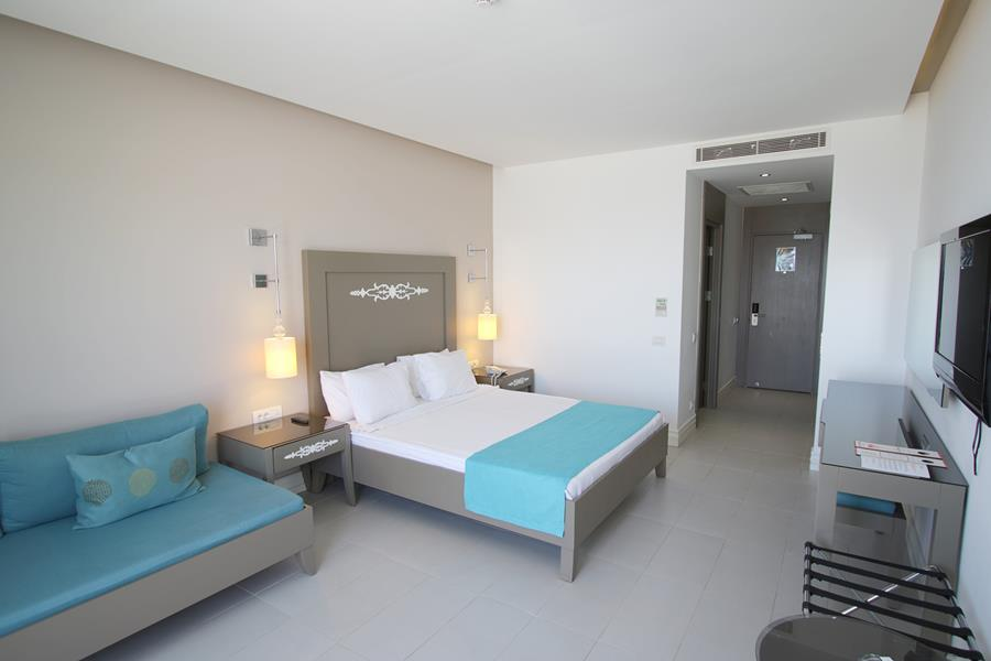 https://aventur.ro/assets/media/imagini_hoteluri/BOREXE/BOREXE-HotelPict5-20483.jpg