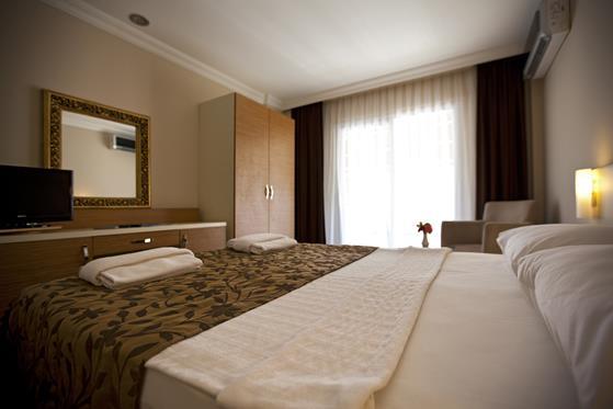 https://aventur.ro/assets/media/imagini_hoteluri/BORISA/BORISA-HotelPict12-22174.jpg