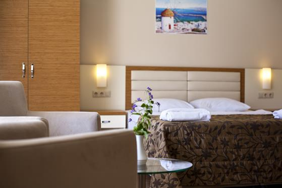 https://aventur.ro/assets/media/imagini_hoteluri/BORISA/BORISA-HotelPict8-22170.jpg