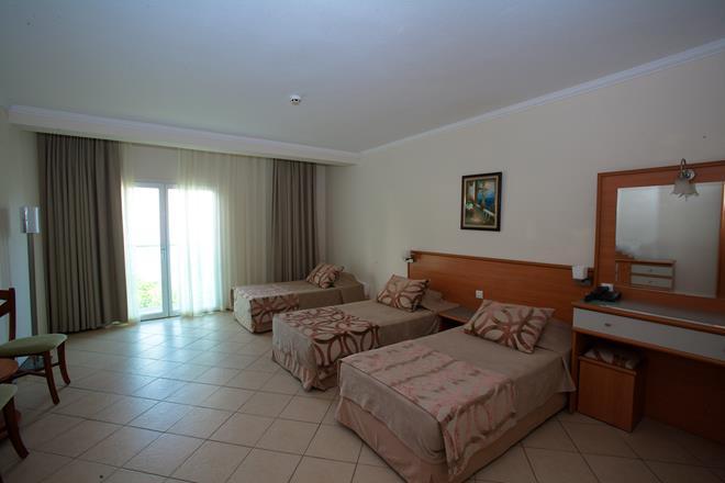 https://aventur.ro/assets/media/imagini_hoteluri/BOROY/BOROY-HotelPict4-11465.jpg