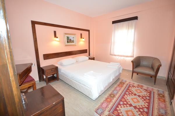 https://aventur.ro/assets/media/imagini_hoteluri/BOSALI/BOSALI-HotelPict2-16018.jpg