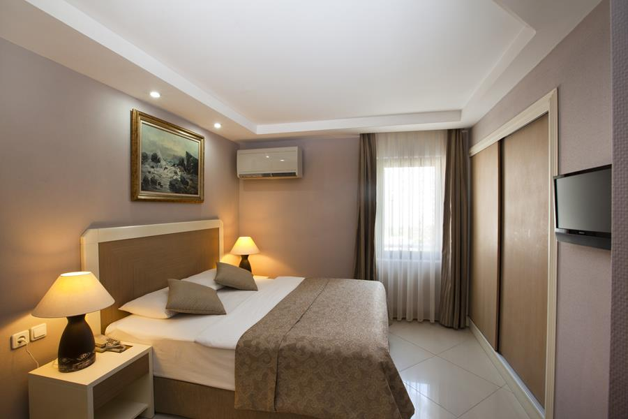 https://aventur.ro/assets/media/imagini_hoteluri/BOSAMA/BOSAMA-HotelPict4-20523.jpg