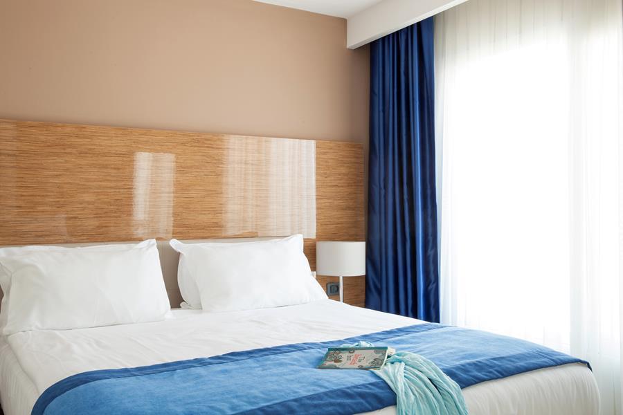 https://aventur.ro/assets/media/imagini_hoteluri/BOSBEL/BOSBEL-HotelPict6-20546.jpg