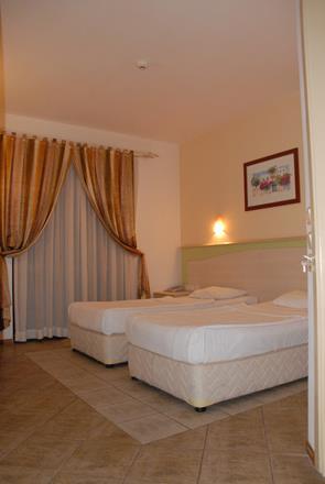 https://aventur.ro/assets/media/imagini_hoteluri/BOSERP/BOSERP-HotelPict8-11544.jpg