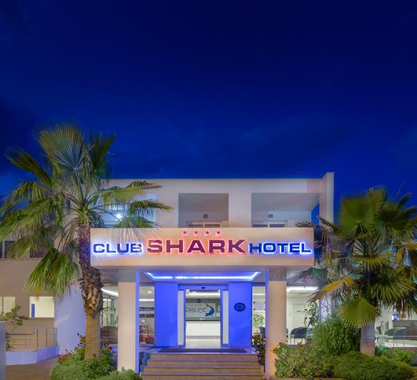 https://aventur.ro/assets/media/imagini_hoteluri/BOSHAR/BOSHAR-HotelPict1-22820.jpg
