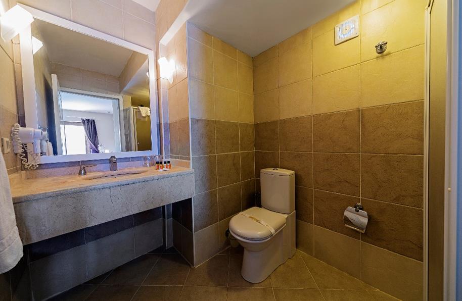 https://aventur.ro/assets/media/imagini_hoteluri/BOSRIV/BOSRIV-HotelPict3-21322.jpg