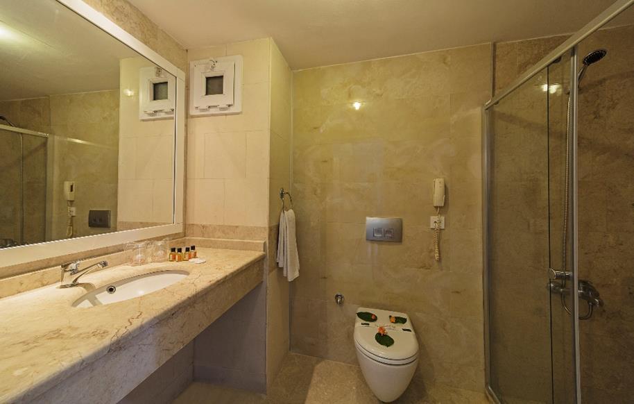 https://aventur.ro/assets/media/imagini_hoteluri/BOSRIV/BOSRIV-HotelPict5-21324.jpg