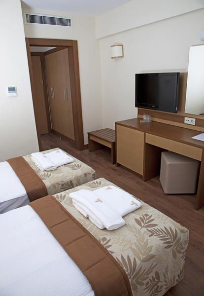 https://aventur.ro/assets/media/imagini_hoteluri/BOSUNC/BOSUNC-HotelPict5-20769.jpg