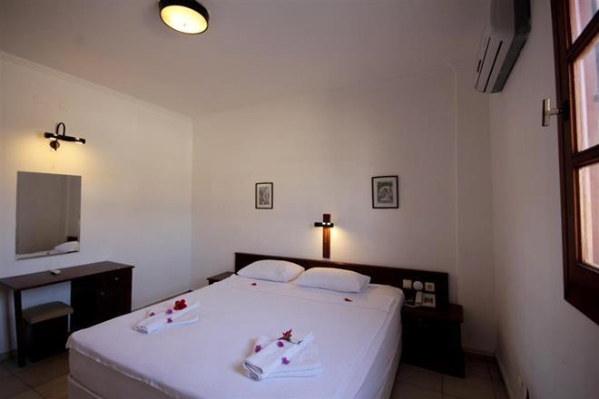 https://aventur.ro/assets/media/imagini_hoteluri/BOSUNS/BOSUNS-HotelPict15-11567.jpg