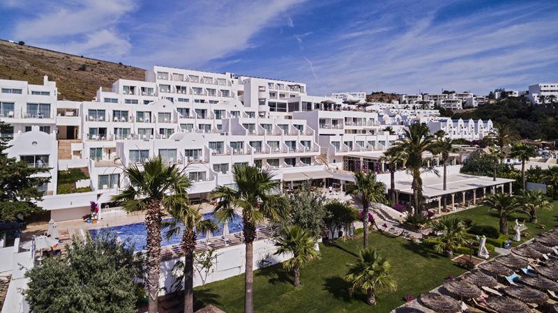 https://aventur.ro/assets/media/imagini_hoteluri/BOVOBO/BOVOBO-HotelPict1-22583.jpg