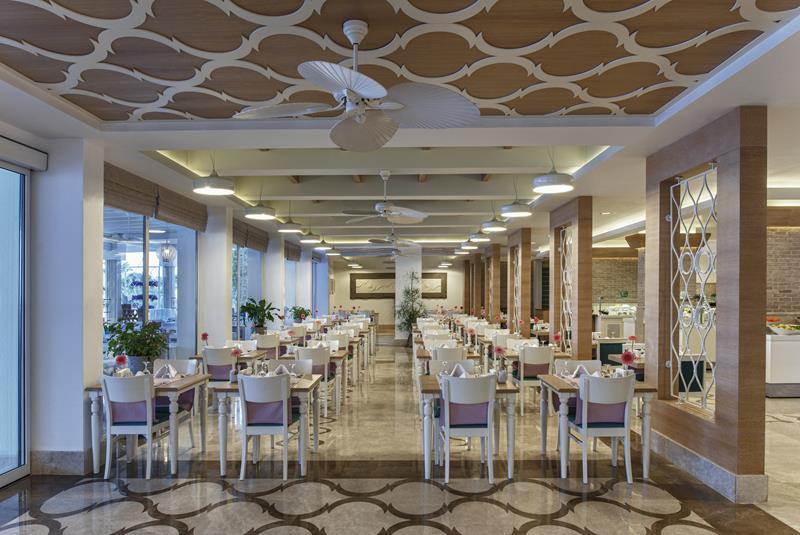 https://aventur.ro/assets/media/imagini_hoteluri/BOVOBO/BOVOBO-HotelPict10-22592.jpg