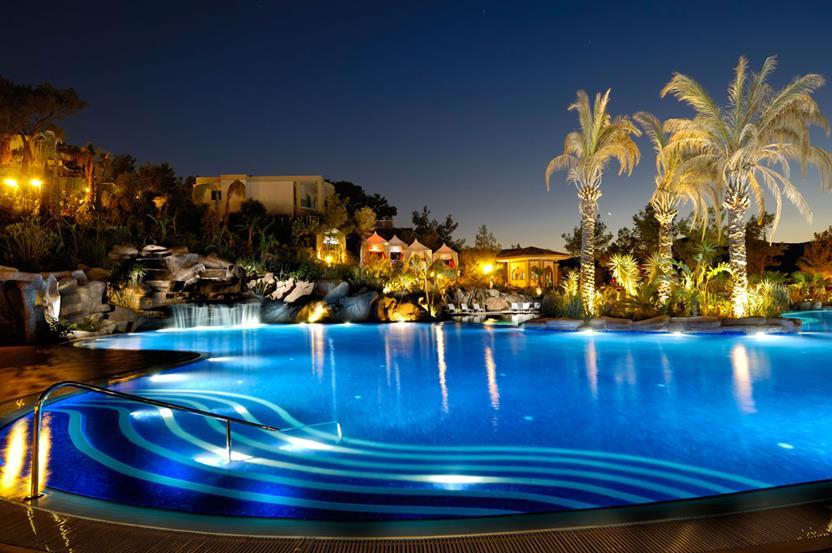https://aventur.ro/assets/media/imagini_hoteluri/BOVOGU/BOVOGU-HotelPict13-22014.jpg
