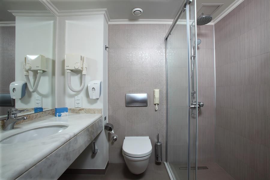 https://aventur.ro/assets/media/imagini_hoteluri/BOWOWB/BOWOWB-HotelPict7-20703.jpg